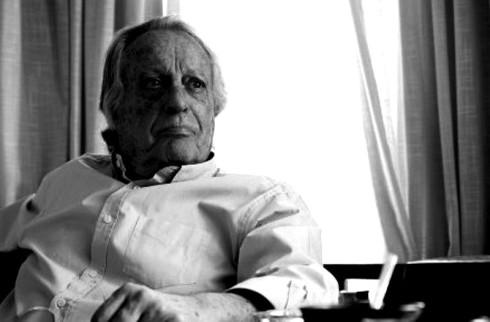 Alberto-Vázquez-Figueroa-e1434021949190