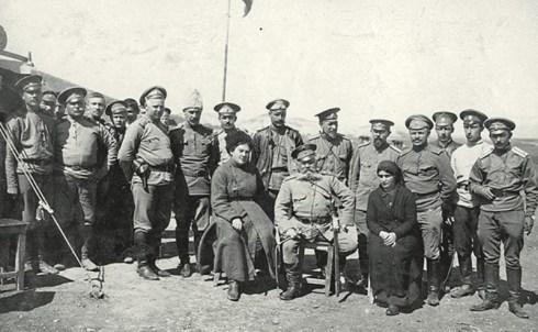 տոլստայան դածտային հոսպիտալի աշխատակիցների հետ արևմտյան հայաստան 1915