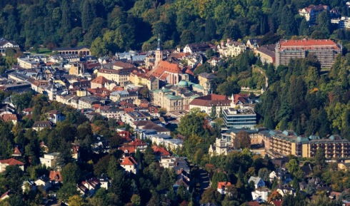 Baden-Baden_10-2015_img05_View_from_Merkur